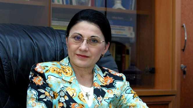 Adio, ore de dirigenție! Ecaterina Andronescu face noi schimbări în învățământ!
