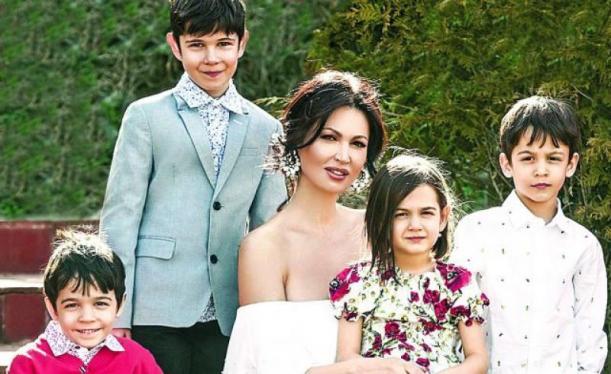 Nicoleta Luciu s-a lăudat mereu cu cei patru copilași, dar acum adevărul a ieșit la iveală. Puține femei ar accepta așa ceva