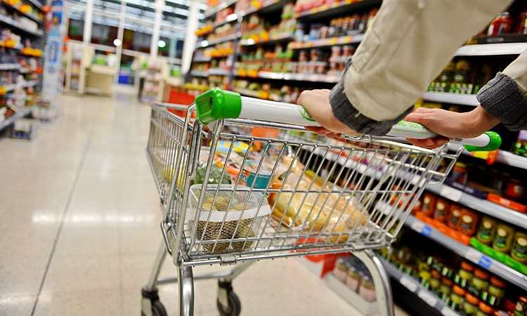 Supermarket inchis dupa ce o angajata de 39 de ani a fost confirmata cu noul virus din China