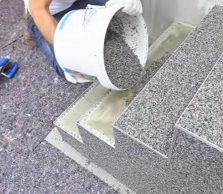 Un truc foarte simplu cu ajutorul căruia îți poți face singur un mozaic pentru casă fără să mai chemi tot felul de meseriași!