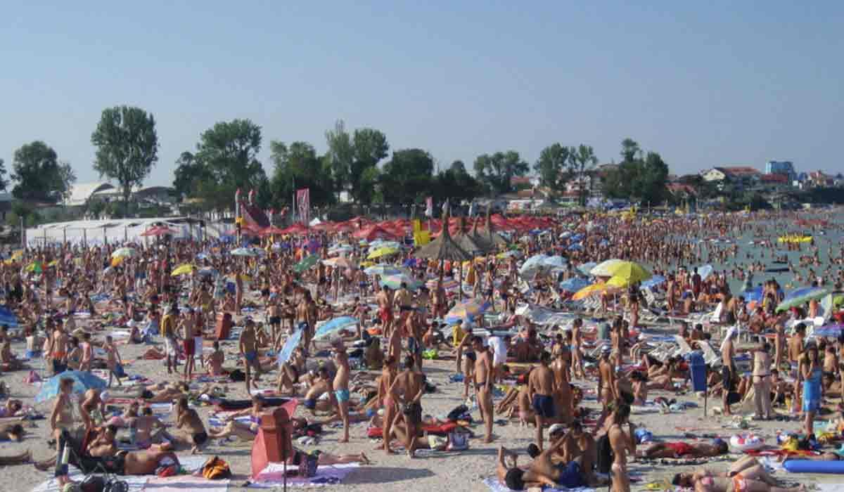 Lista statiunilor de pe litoral unde masca e obligatorie incepand cu 1 august